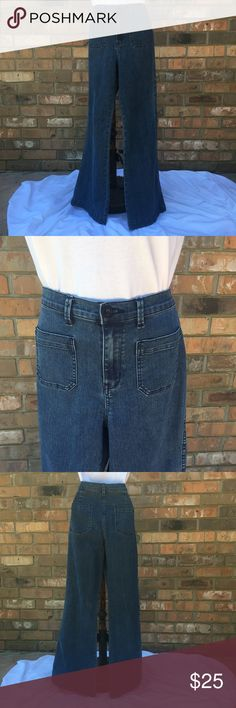 """{GB} bell bottom dungarees {GB} Gianni Bini jeans. Navy dungaree style jeans with bell bottom flare measuring 11"""" across flat. Size 9, waist 32"""", hips 17 1/2"""" across flat, front rise 10, rear rise 14"""", inseam 32"""". Front pockets are 4 1/2"""" X 4 1/2"""" Gianni Bini Jeans Flare & Wide Leg"""