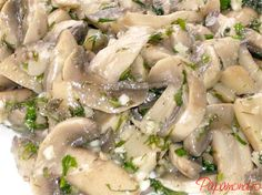 salata de ciuperci 3 Romanian Food, Sprouts, Salads, Vegetables, Ethnic Recipes, Memories, Inspiration, Memoirs, Biblical Inspiration