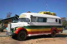 Interesting truck based bus converted to camper. Truck Bed Camper, Camper Caravan, Camper Van, 4x4 Trucks, Cool Campers, Retro Campers, Vintage Campers, Happy Campers, Rv Motorhomes
