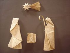 Read about Origami Instructions Origami Design, Instruções Origami, Origami And Quilling, Origami And Kirigami, Oragami, Christmas Nativity Scene, Noel Christmas, Christmas Paper, Christmas Crafts