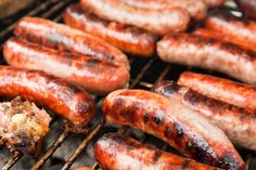 Italian_sausage_on_the_grill