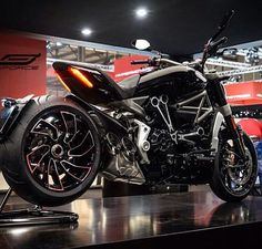 Ducati xdiavel s - Biking Addiction - motorrad frauen Moto Ducati, Ducati Motorcycles, Moto Bike, Motorcycle Bike, Custom Motorcycles, Custom Bikes, Cars And Motorcycles, Ducati Diavel, Scrambler