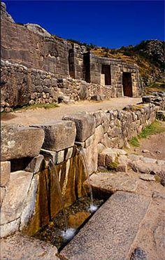 Inca bath - fountains of Tambomachay, Cusco. Peru