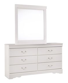 Finished in crisp white, this attractive Signature Design by Ashley Anarasia 6 Drawer Dresser with Optional Mirror adds cottage charm to your bedroom. Six Drawer Dresser, Dresser Sets, Dresser With Mirror, Double Dresser, Mirrored Bedroom Furniture, White Furniture, Lounge Furniture, Bedroom Mirrors, Furniture Market
