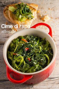 """Cime di rapa affogate - Ricetta tratta dal blog di @simo :""""http://www.zuccheroeviole.com/"""" - Mini cocotte in gres smaltato colore ciliegia @LeCreusetItalia #food #cucina #ricette #sidedish #veggie #vegetarian #contorni #verdure"""