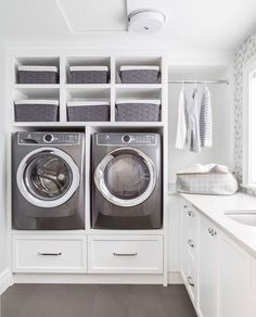 10 Small Laundry Room Ideas to Feel Spacious Inside - ARCHLUX.NET 10 small laundry room ideas to feel good in Laundry Room Cabinets, Basement Laundry, Laundry Closet, Laundry Room Organization, Diy Cabinets, Laundry Room Pedestal, Laundry Shelves, Laundry Baskets, Laundry Room Ideas Garage