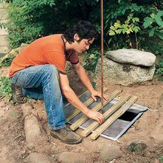 You can build this beautiful fountain too! And once it's built, you don't have to worry about maintenance. In this story, we'll show you everything you need to construct this stone fountain, complete with running water. Patio Water Fountain, Bamboo Fountain, Bird Fountain, Rock Fountain, Diy Garden Fountains, Stone Fountains, Small Fountains, Garden Ponds, Water Fountains