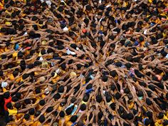 National Geographic People | Picture of a Hindu festival in Mumbai, India : if a big pathfinder group was opening up the evening...