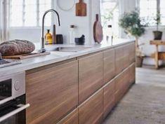 New Kitchen Ikea Voxtorp Cabinets Ideas Ikea Metod Kitchen, Walnut Kitchen Cabinets, Kitchen Cabinet Knobs, Ikea Cabinets, Rustic Country Kitchens, Country Kitchen Designs, New Kitchen, Home Kitchens, Kitchen Remodel
