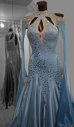 Smooth gown, Smooth dance dress, Standard ballgown, Standard ballroom dress, how. Ballroom Costumes, Latin Ballroom Dresses, Ballroom Dance Dresses, Ballroom Dancing, Dance Costume, Latin Dresses, Beautiful Costumes, Beautiful Dresses, Creation Couture