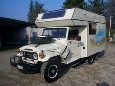 Toyota Land Cruiser FJ45 pick-up camper vit