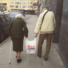 Paret på Stockholms gator. Foto: Hanna Grees.