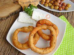 Hazır Ekmek Hamurundan Çörek Otlu Halka Simit Resimli Tarifi - Yemek Tarifleri