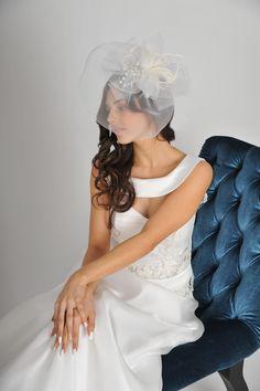 ANGIVANI COUTURE München, einzigartiges Brautkleid!  https://www.marryjim.com/de/AngiVani%20Couture%20/Designer-Brautkleider/id821