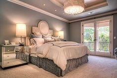 beautiful master bedroom-Thompson Custom Homes - Rivercrest