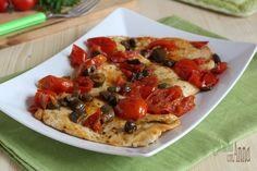 Il petto di pollo alla Siciliana è un secondo piatto semplice,gustoso e molto saporito,si prepara in pochissimo tempo e fa felice tutta la famiglia...