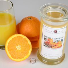 Talk about an awesome spring and summer scent! This is our Freshly Squeezed Oranges Jewelry Candle and the name truly says it all! It's the awesome aroma of freshly squeezed oranges! Best Candles, Soy Wax Candles, Candle Wax, Diy Candles, Scented Candles, Candles With Jewelry Inside, Jewelry Candles, Home Air Fresheners, Orange Fruit