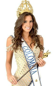 Paulina Vega Dieppa (born January 1993 in Baranquilla , Colombia ) holds the title of Miss Colombia 2013 . Born January 1993 (age Baranquilla , Colombia m ft. Pageant Crowns, Pageant Girls, Fashion Wear, Unique Fashion, Fashion Dresses, Beautiful Gowns, Most Beautiful Women, Miss Colombia, Pageant Headshots