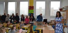 Školáci se vrátili do lavic. V Plzni nastoupilo do prvních tříd přes 1800 dětí