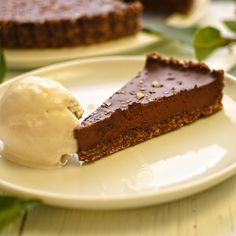 Chocolate and Smoked Salt Tart. Chocolate and smoked salt tart with bay leaf ice cream. Best Vegan Desserts, Vegan Dessert Recipes, Delicious Recipes, Vegan Sweets, Vegan Food, Baking Recipes, Gluten Free Vegetarian Recipes, Dairy Free Recipes, Healthy Recipes