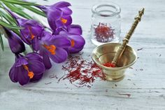 Learn about saffron health benefits, how to use saffron by blooming it, and a warming and intoxicating saffron milk recipe. Saffron Crocus, Saffron Flower, Saffron Health Benefits, Golden Yellow Color, Dried Rose Petals, Organic Herbs, Milk Recipes, Mortar And Pestle, Rose Water