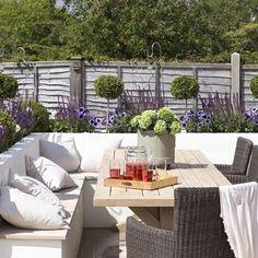 one of our front yard design modern contemporary fake grass - Gartengestaltung Terasse - Awesome Garden Ideas Built In Garden Seating, Backyard Seating, Deck Seating, Outdoor Seating, Garden Seating Areas, Small Garden Ideas Seating, Small Garden Plans, Outdoor Pergola, Small Gardens