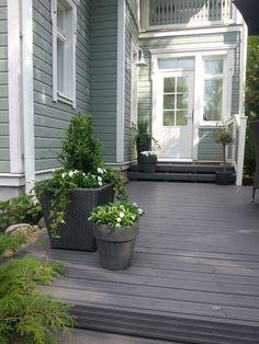 Outdoor Pots, Outdoor Gardens, Outdoor Living, Garden Paving, Garden Paths, Scandinavian Garden, Evergreen Garden, Small Courtyards, Grey Houses