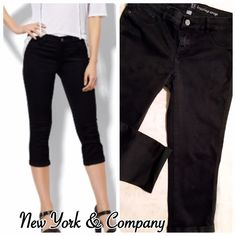 "Legging Crop Soho Jeans Black jeans with legging fit, cropped length of ~28"" with cuffed hem and inseam of ~21.5"". 68% cotton 30% polyester 2% spandex. Pre loved in excellent condition! New York & Company Jeans Ankle & Cropped"