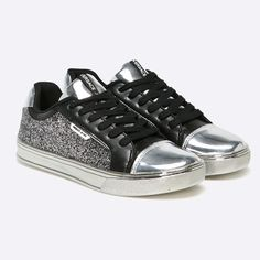 versace-jeans-tenisi-linea-sneaker-dama Versace Jeans, Sneakers, Shoes, Fashion, Tennis, Moda, Slippers, Zapatos, Shoes Outlet