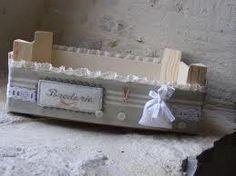 Sweet home : Puuviljakastide uus elu Crate Crafts, Wood Crafts, Hobbies And Crafts, Diy And Crafts, Decoration Shabby, Fruit Box, Wooden Crates, Shabby Vintage, Wood Boxes