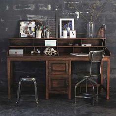 eventueller Partner-Schreibtisch von House Doctor