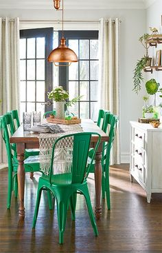 Give your dining room a fun, fashion-forward update with spray paint and a few accessories. This quick makeover requires a bare-minimum budget and beginner DIY skills. Pick the color scheme that best suits your space and style!