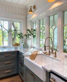 Cozy Kitchen, Home Decor Kitchen, New Kitchen, Home Kitchens, Kitchen Dining, Country Kitchen, Kitchen Ideas, Classic Kitchen, Cuisines Design