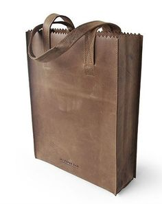 De MY PAPER BAG Zipper Original is ontworpen door Ramon Middelkoop voor MYOMY do goods.