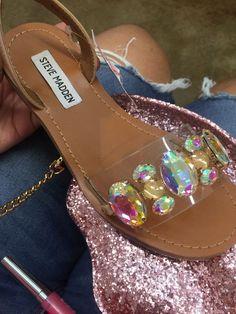 Cute Sandals, Cute Shoes, Bling Shoes, Dream Shoes, Shoe Closet, Types Of Shoes, Shoe Game, Casual Shoes, Footwear