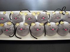 Mouse cake pops!!!