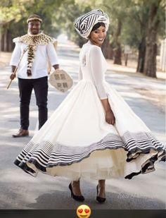 Xhosa Latest Xhosa Wedding Dresses - Sunika Traditional African Clothes Why Fuss Over Wedding Centre African Wedding Attire, African Attire, African Wear, African Dress, African Weddings, African Clothes, Latest African Fashion Dresses, African Print Fashion, Dress Fashion