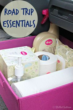 Road Trip Essentials Supply Kit for packing your car for a roadtrip| StuffedSuitcase.com travel tip