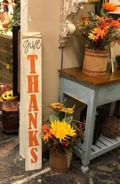 Looking for some cute ways to decorate your house for Thanksgiving? Look at this super cute Give Thanks wood sign. Give Thanks Fall Wood Sign - Thanksgiving Decor - Front Porch Decorations - Rustic Entryway Sign - Autumn Vertical Sign, Fall Wood Signs, Diy Wood Signs, Rustic Wood Signs, Fall Signs, Rustic Entryway, Entryway Decor, Wooden Projects, Wood Crafts, Diy Crafts