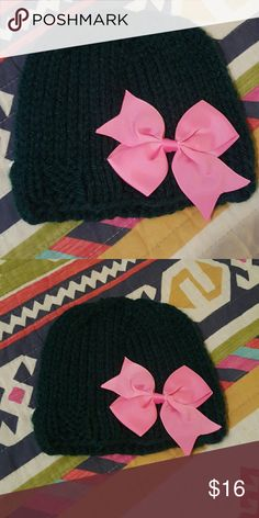 NEW Baby Hat Handknit by me. Never Worn. Machine Wash & Dry. Color | Hunter Green with Pink Bow Accessories Hats