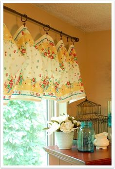 vintage toweling used for window treatment - clever idea, vintage towels or no. Window Coverings, Window Treatments, Kitchen Curtains, Cafe Curtains, Window Curtains, Home And Deco, Mellow Yellow, Vintage Decor, Vintage Cafe