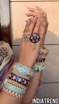 Fancy Jewellery, Stylish Jewelry, Fashion Jewelry, Pearl Necklace Designs, Jewelry Design Earrings, Bridal Bangles, Bridal Jewelry, Bridal Jewellery Inspiration, Indian Jewelry Sets