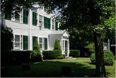 The Village Inn Cape Cod :: About Us :: Yarmouth Port, Cape Cod Bed& Breakfast (B)