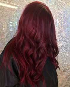 Red Hair Inspo, Wine Hair, Dyed Red Hair, Red Tinted Hair, Red Velvet Hair Color, Best Red Hair Dye, Dark Red Hair Dye, Red Ombre Hair, Pink Wig