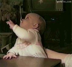 De eerste keer vergeten hoe lepels werken: | 18 Babies Experiencing Things For The First Time