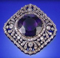 AMETHYST AND DIAMOND PENDANT, CIRCA 1830