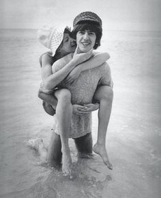 pattie boyd and george harrison on their honeymoon in barbados, 1966 (source: clingtotheolddreams, via wolftoungue)