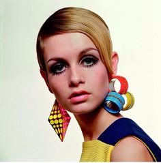 TWIGGY❤️ Hope you enjoyed our inspiration as much as we did today #prohairkit #inspiration #twiggy #60s #hair #fashionicon #hairmagic  #hairdresselove