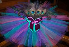 Peacock tutu! Not even gonna lie about how much I love this. Would be great for first birthday pics.