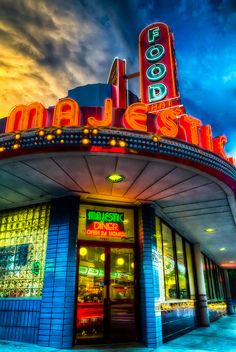 The Majestic Diner in Atlanta, #Georgia serves up delicious food around the clock!